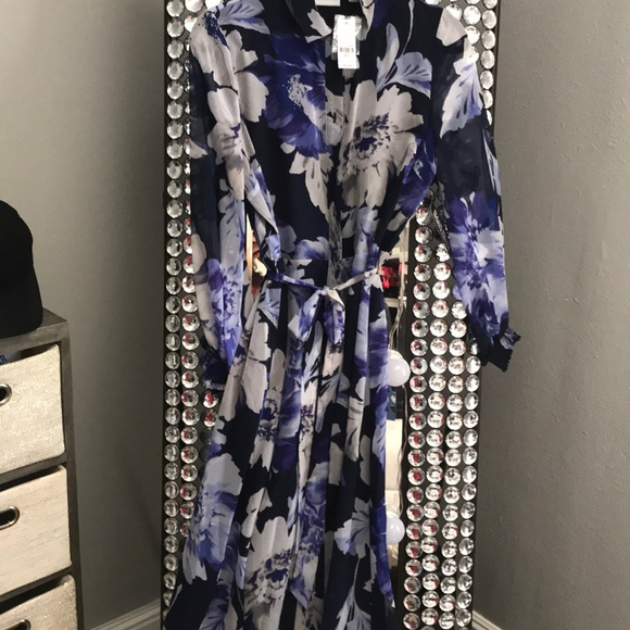 New York & Company Dresses & Skirts - New York and Company . Purple/blue floral